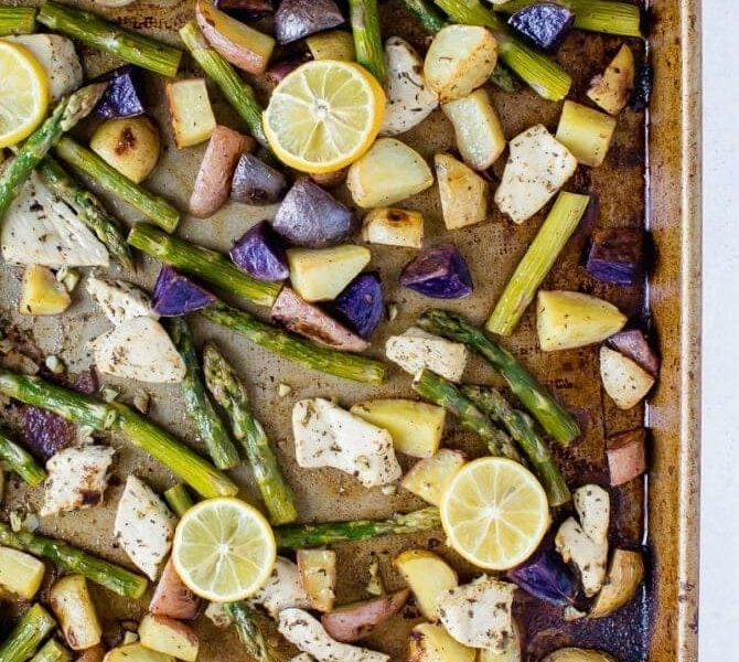 Lemon Garlic Chicken with Vegetables (Easy- Sheet Pan)
